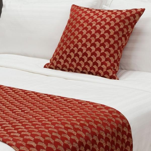 Regency Jacquard Bed Runner - Russet DB/QB